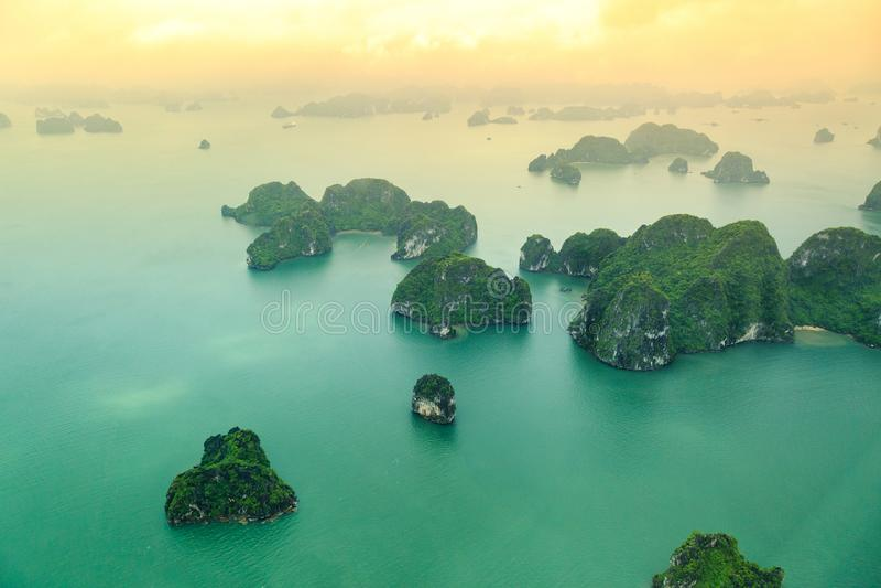 Opinião longa da baía do Ha de cima de, a baía a mais bonita no mundo fotos de stock royalty free