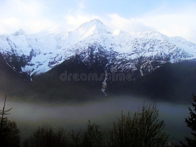 Opinião Mont Blanc, Chamonix, França fotografia de stock royalty free