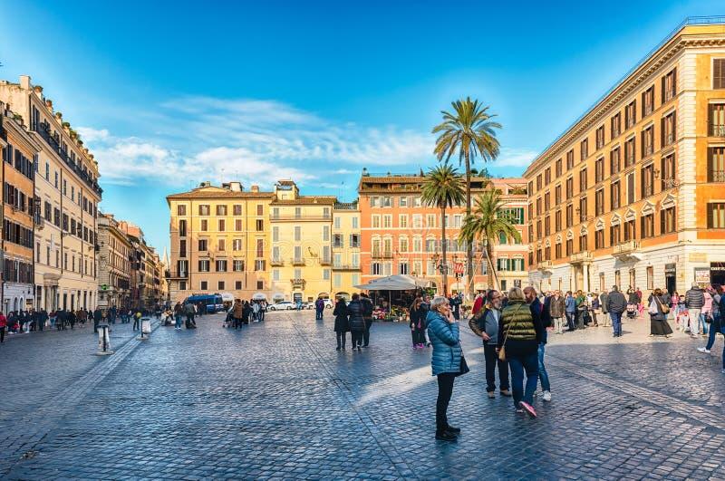 Opinião Praça di Spagna, quadrado icônico em Roma, Itália imagem de stock royalty free