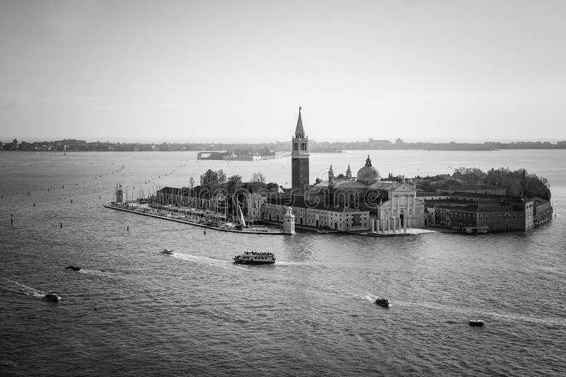 Opinião San Giorgio Island, Veneza, Itália Foto no preto e no wh imagens de stock royalty free