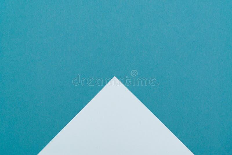 Opinião superior colocada plano pastel elegante de papel colorido, cor verde do fundo imagens de stock royalty free