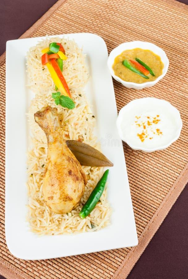 Opinião superior de Biryani da galinha imagem de stock
