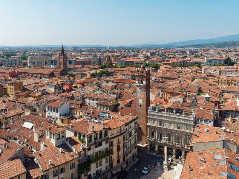 Opinião superior de Verona do italiano da cidade fotos de stock