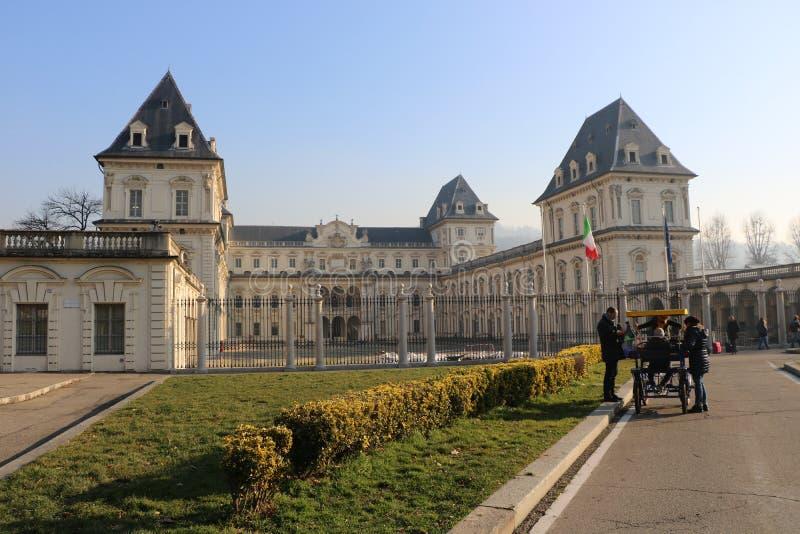 Opinião surpreendente Valentino Castle em Turin, Piedmont, Itália imagem de stock royalty free