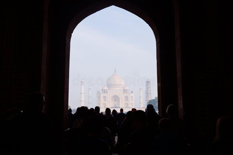 Opinião Taj Mahal, Agra, Uttar Pradesh, Índia fotos de stock