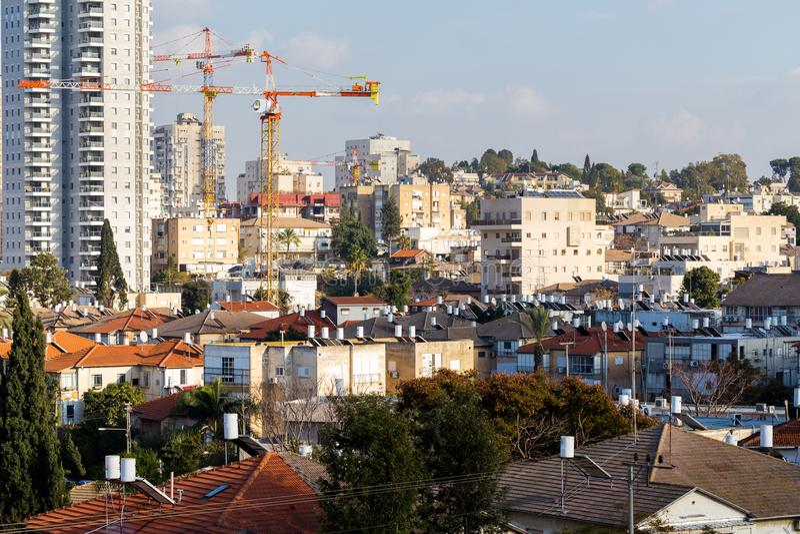 Opinião urbana das construções de Tel Aviv da cidade da arquitetura da cidade fotos de stock