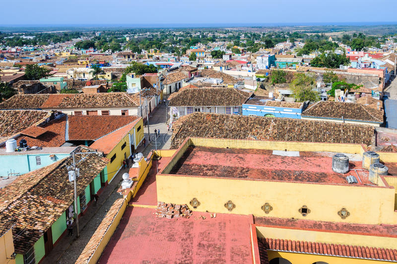 Opinião velha da cidade de San Francisco Convent em Trinidad, Cuba imagens de stock royalty free