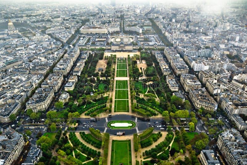 Opinión aérea de centro de París fotos de archivo libres de regalías