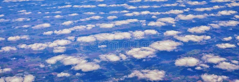 Opinión aérea de Cloudscape sobre los estados de cercano oeste en vuelo sobre Colorado, Kansas, Missouri, Illinois, Indiana, Ohio foto de archivo libre de regalías