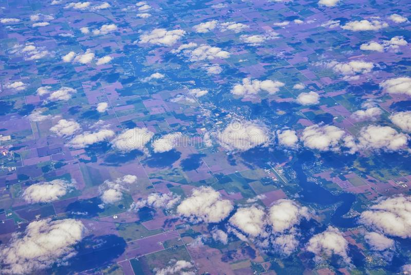 Opinión aérea de Cloudscape sobre los estados de cercano oeste en vuelo sobre Colorado, Kansas, Missouri, Illinois, Indiana, Ohio imágenes de archivo libres de regalías