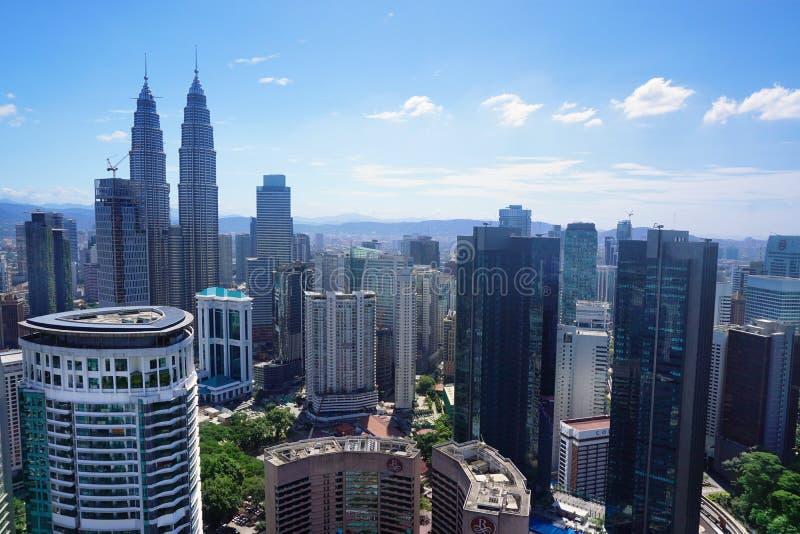 Opinión aérea de la ciudad de Kuala Lumpur, capital de Malasia foto de archivo