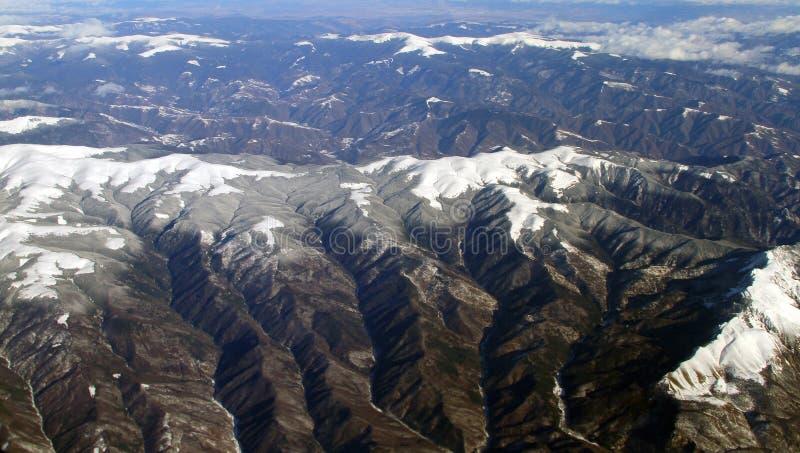 Opinión aérea de las montañas italianas de las montañas imágenes de archivo libres de regalías