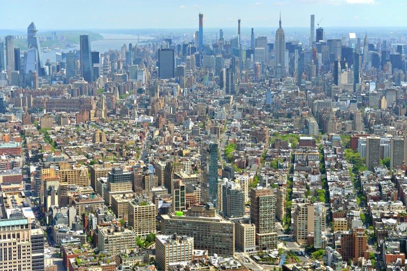 Opinión aérea del horizonte de New York City NYC Manhattan La mayoría de la ciudad populosa en Estados Unidos foto de archivo libre de regalías