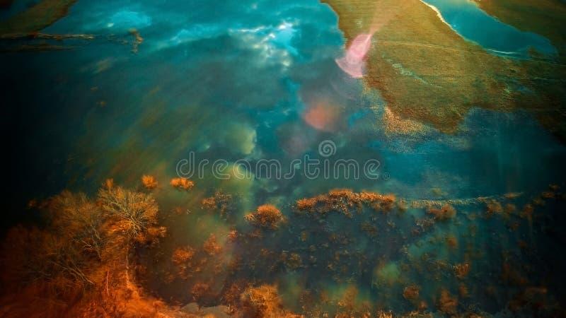Opinión aérea del paisaje del lago fotos de archivo