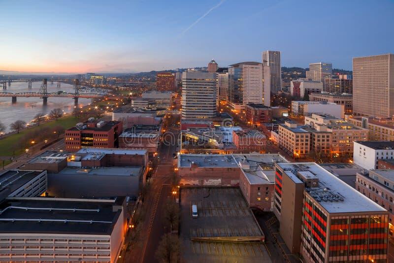 Opinión aérea del paisaje urbano de Portland Oregon fotografía de archivo