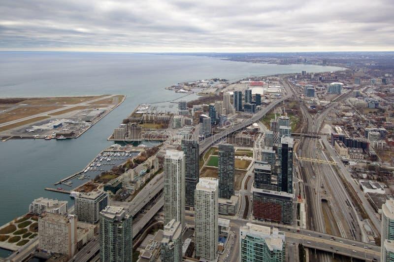 Opinión aérea del puerto de Toronto del oeste imágenes de archivo libres de regalías