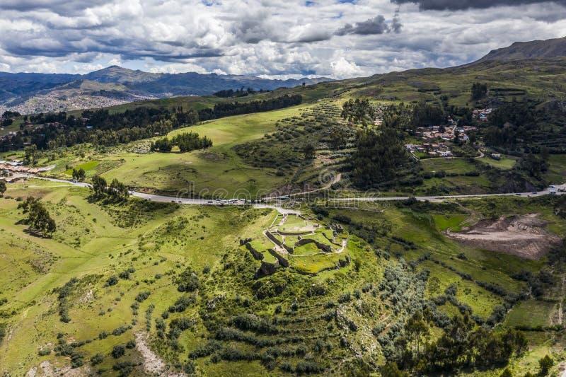 Opinión aérea escénica Puka Pukara un sitio archeaological foto de archivo libre de regalías