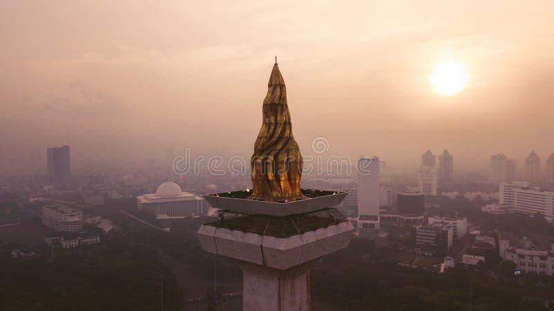 Opinión aérea hermosa de la puesta del sol del monumento nacional fotos de archivo