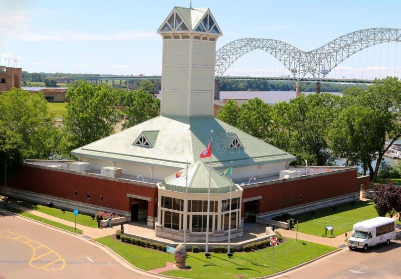 Opinión aérea Memphis Tennessee Visitors Center foto de archivo
