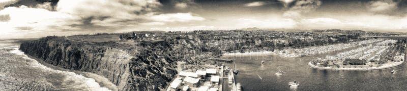 Opinión aérea panorámica asombrosa Dana Point, California fotografía de archivo libre de regalías