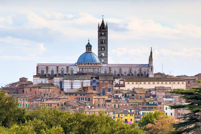 Opinión aérea Siena Catherdal, Italia fotos de archivo