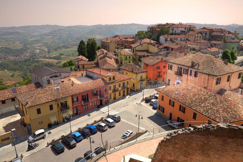 Opinión aérea sobre Diano D'Alba en Italia norteña. imagen de archivo libre de regalías