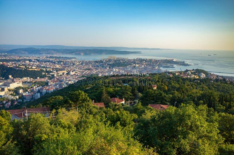 Opinión aérea sobre Trieste fotografía de archivo libre de regalías