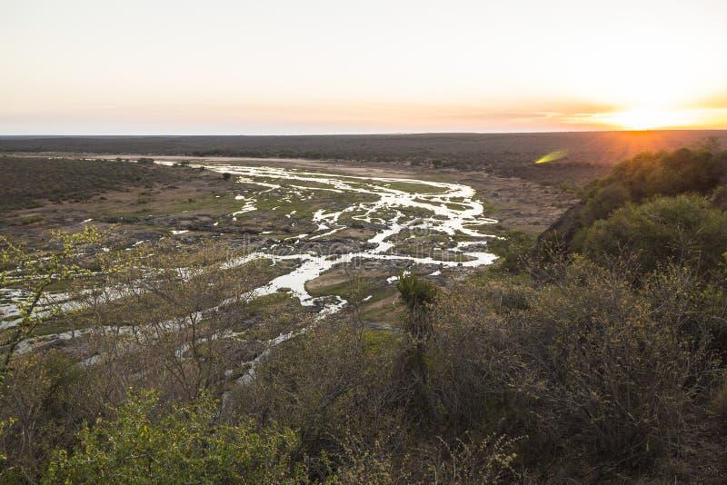 Opinión amplia sobre el río de Olifants del punto de vista del campo fotos de archivo libres de regalías