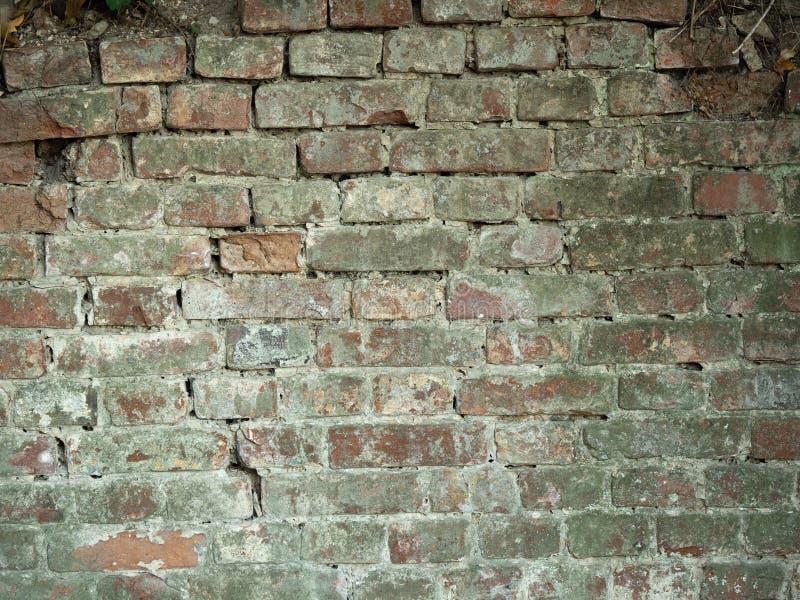 Opinión ascendente cercana sobre viejo brickwall Brickwall rojo antiguo, fondo del vintage Textura de Brickwall del vintage Una a imagenes de archivo