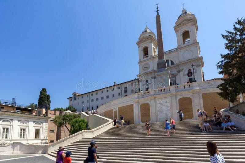 Opinión asombrosa los pasos españoles y Piazza di Spagna en la ciudad de Roma, Italia fotografía de archivo libre de regalías