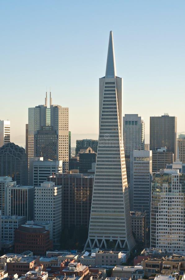 Opinión céntrica de San Francisco Transamerica imágenes de archivo libres de regalías