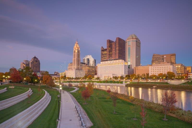Opinión Columbus Ohio Skyline céntrico foto de archivo