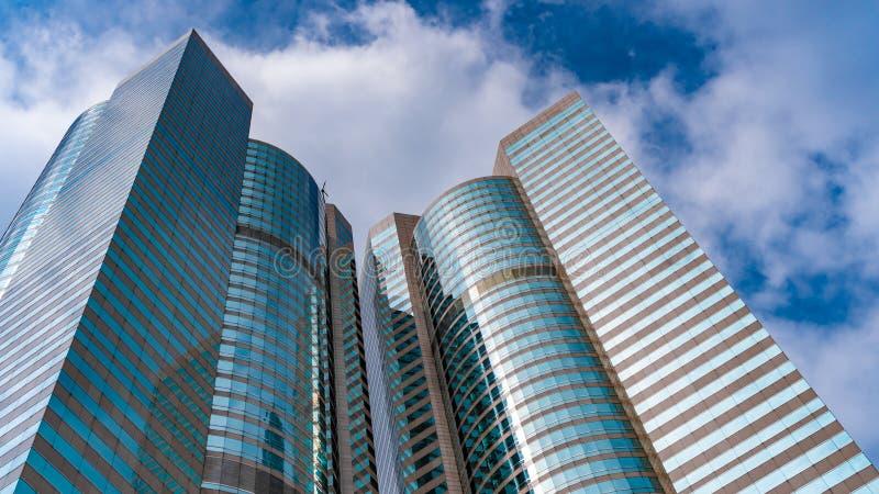Opinión de ángulo de la sublevación del edificio residencial imágenes de archivo libres de regalías
