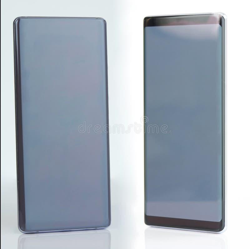 Opinión de ángulo sobre smartphone gris fotografía de archivo