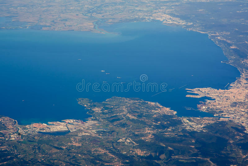 Opinión de Aereial del mar adritic triste y del norte foto de archivo libre de regalías