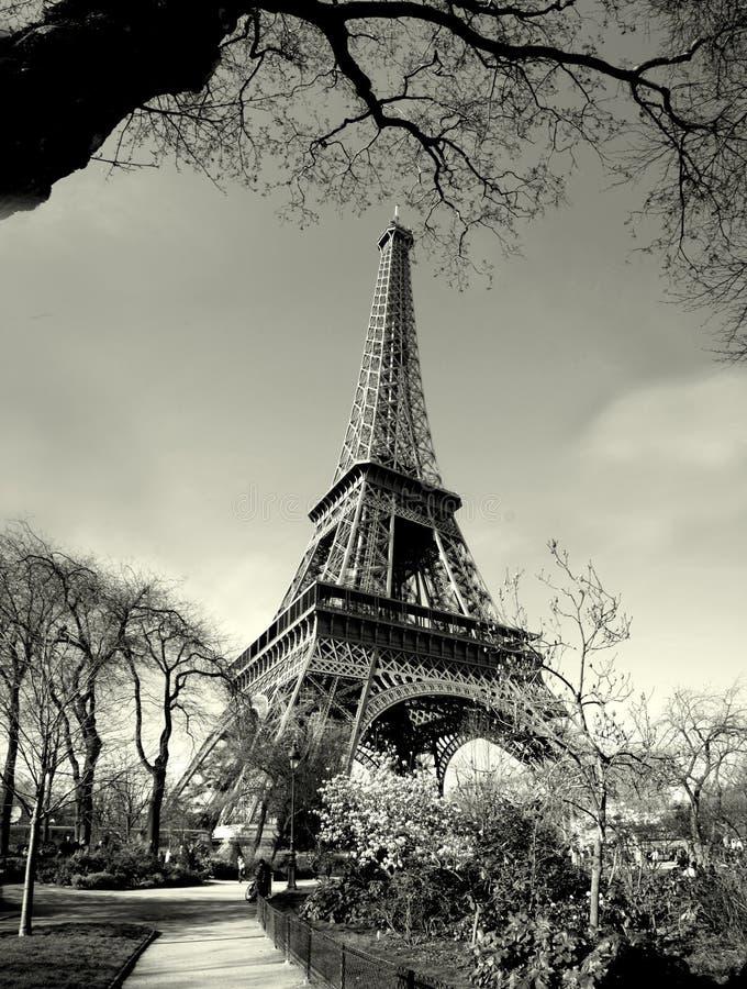 Opinión de antaño de la torre Eiffel fotos de archivo libres de regalías