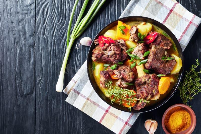 Opinión de arriba la cabra picante jamaicana del curry foto de archivo libre de regalías