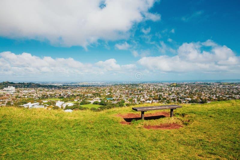 Opinión de Auckland de Mt Eden fotografía de archivo