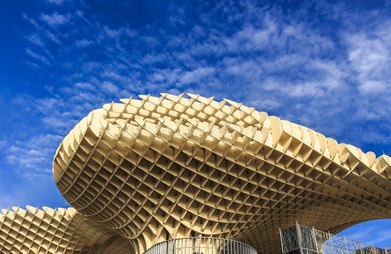 Opinión de Bottom Up las setas de Sevilla, también conocidas como parasol de Metropol foto de archivo libre de regalías