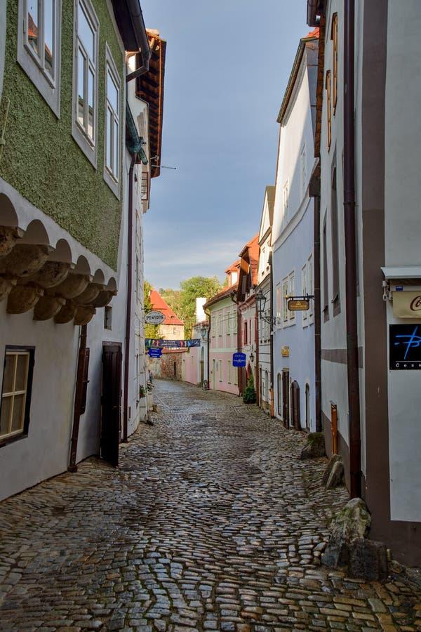 Opinión de centro histórica de la calle de Cesky Krumlov imagen de archivo libre de regalías