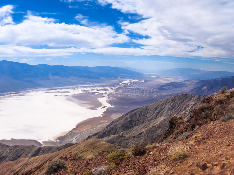 Opinión de Dantes, Death Valley California imagenes de archivo