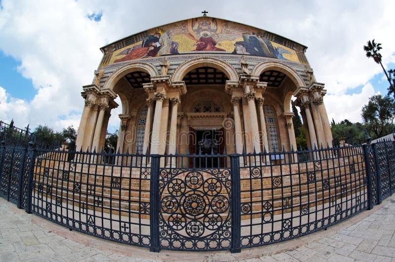 Opinión de Fisheye de la iglesia de todas las naciones en Jerusalén fotografía de archivo