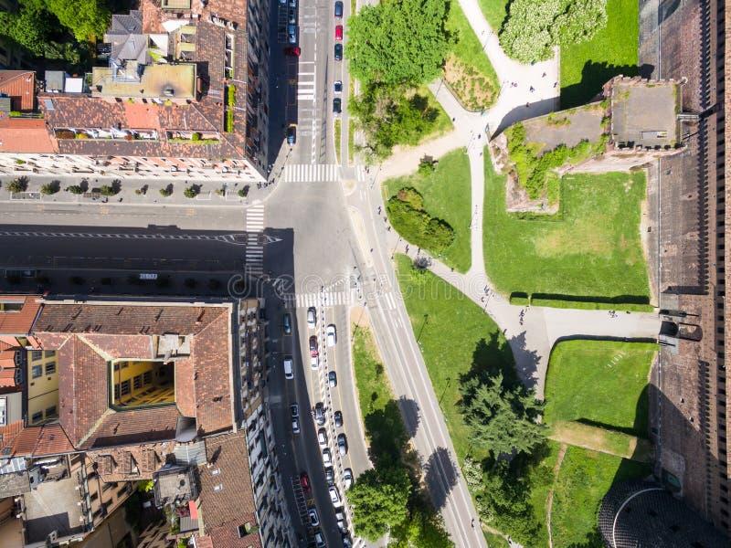 Opinión de fotografía aérea del castillo del castello de Sforza en la ciudad de Milán foto de archivo
