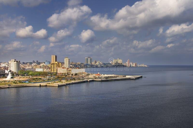 Opinión de la bahía de La Habana foto de archivo