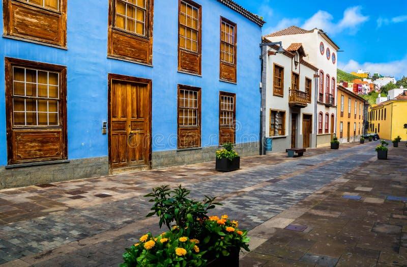 Opinión de la calle de la ciudad en la ciudad de Laguna del La en Tenerife, islas Canarias españa fotografía de archivo libre de regalías