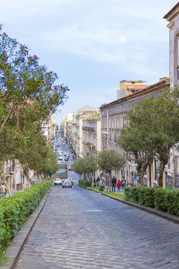 Opinión de la calle de Catania imagenes de archivo