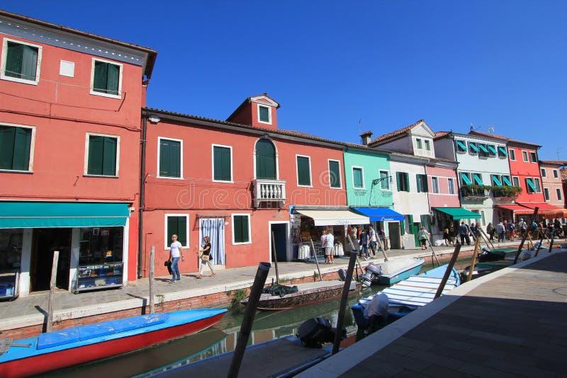 Opinión de la calle de Venecia en Italia imágenes de archivo libres de regalías