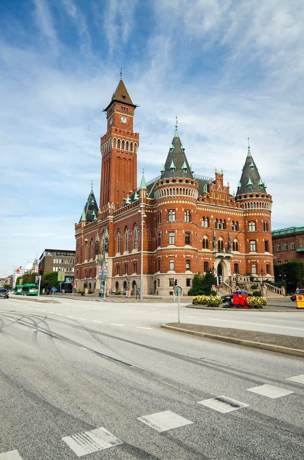 Opinión de la calle del ayuntamiento en Helsingborg fotos de archivo libres de regalías