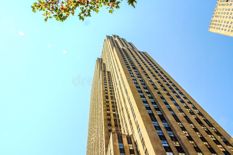 Opinión de la calle del centro de Rockefeller fotos de archivo libres de regalías