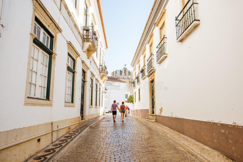 Opinión de la calle de Faro en Portugal fotos de archivo